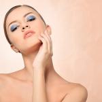 最小限の物で美容のためのケアをする intro