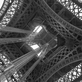 """ミニマリストの新しい参考資料『フランス人は10着しか服を持たない~パリで学んだ""""暮らしの質""""を高める秘訣~』"""