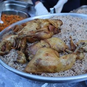 ベルリン出張2015春夏3-6「クロイツベルクのフェス」(トルコ系の人々の屋台。おいしそうなチキン!)