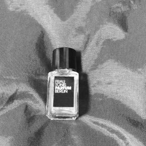 ある女性ミニマリストのお気に入りの香水メーカーのリスト