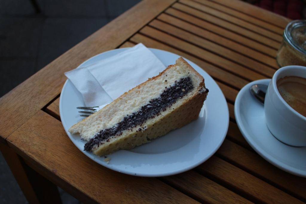 ベルリンのカフェのケーキ