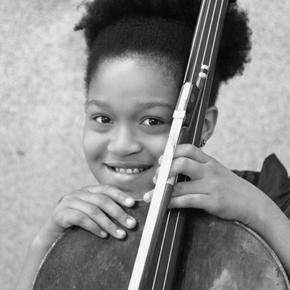 天才チェロ奏者 Sujari Britt さん