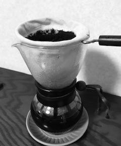 カカオ100%チョコレートと珈琲で作るカフェモカが美味しい!