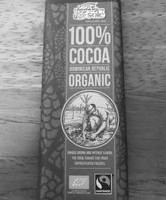間食に軽食に携帯食にカカオ100%のチョコレート